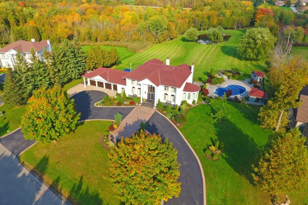 9 Raeview Dr, Stouffville - Executive Mansion on 6.57 Acres Minutes to Main Street Stouffville